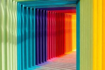 虹色の通路