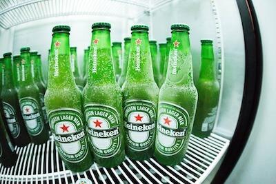 冷蔵庫の中のハイネケン
