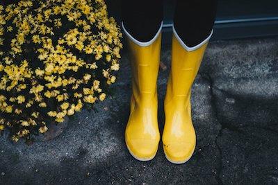 黄色いゴム長靴
