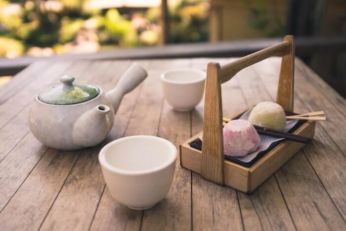 お茶とお茶菓子