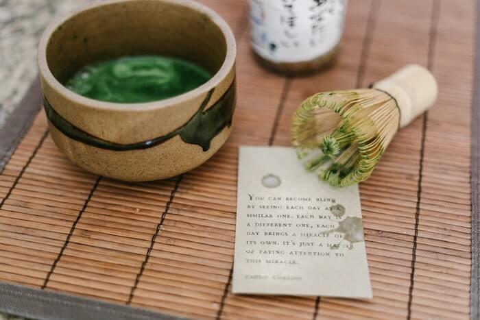 茶道の道具と抹茶