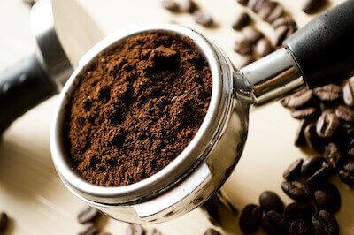 豆を挽いたコーヒー