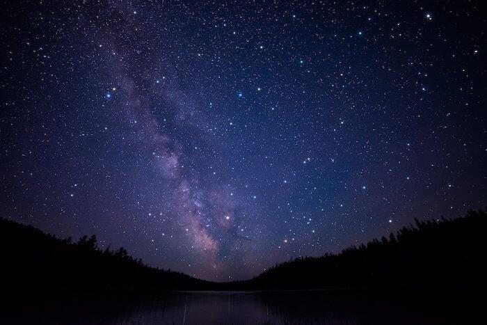 夜空に輝く満天の星