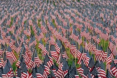 多くの星条旗