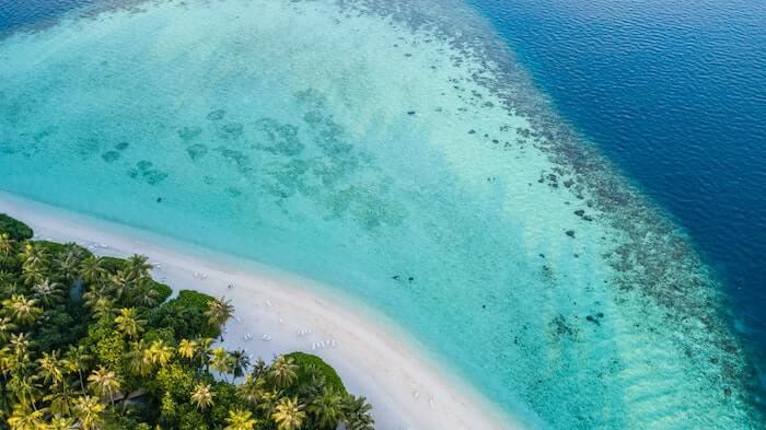 美しいビーチの空からの景色