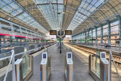 駅の自動改札
