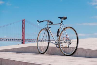 海辺の自転車