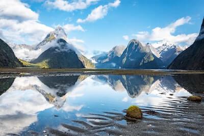 自然の湖の音