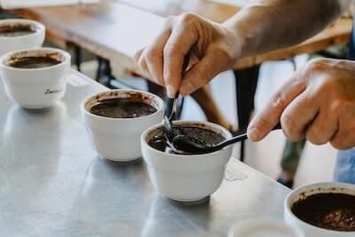 コーヒーの味見