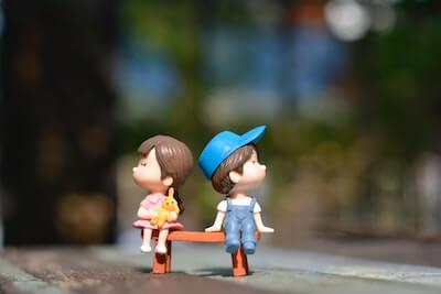 恋人同士の人形