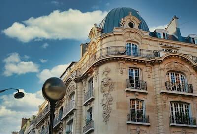 パリ16区の建物