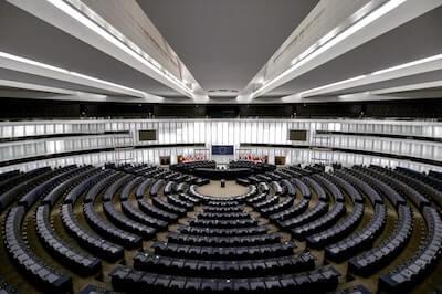 国連の会議場