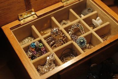 宝石の入った宝石箱