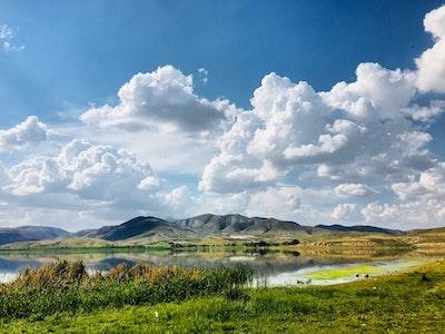 美しい大地と雲