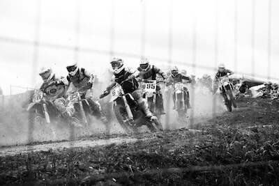 モトクロスのレーズ