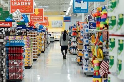 スーパーマーケットのフロア