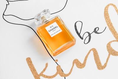 シャネルの香水の瓶